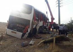 İranlı jurnalistləri daşıyan avtobus aşıb, ölənlər və yaralananlar var