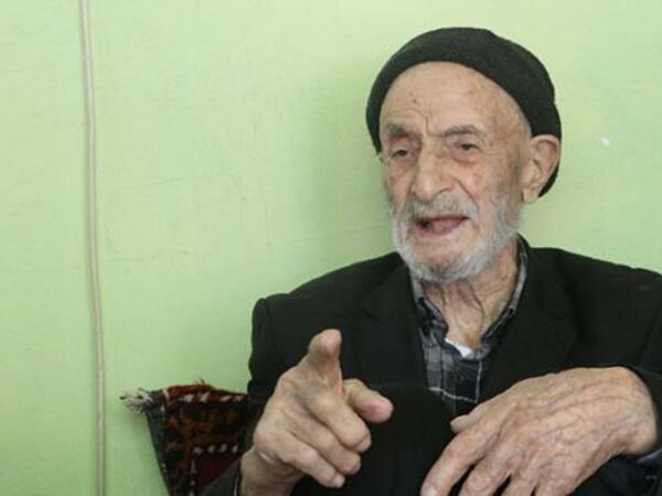 110 yaşlı Mahmud kişi - Hər gün 2 litr kola içir - FOTO
