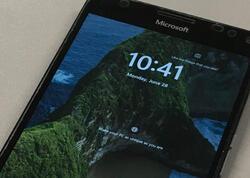 """""""Windows 11"""" sistemi smartfona quraşdırılıb"""