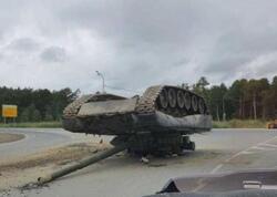 """Rusiyada tank aşdı: <span class=""""color_red""""> Magistral yol bağlandı</span>"""