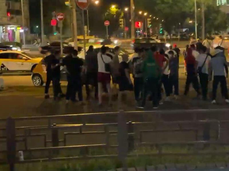 Moskvada azərbaycanlı və ermənilərin iştirakı ilə kütləvi dava - 102 nəfər saxlanıldı