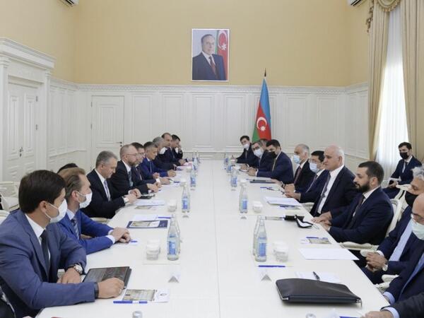 Şahin Mustafayev Rusiyanın iqtisadi inkişaf nazirinin müavini ilə görüşüb - FOTO
