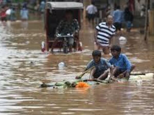 Hindistanda leysan yağışları 129 nəfərin ölümünə səbəb oldu