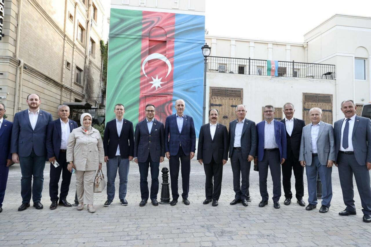 Türkiyənin hakim partiyasının nümayəndə heyəti Azərbaycanda səfərdədir - FOTO