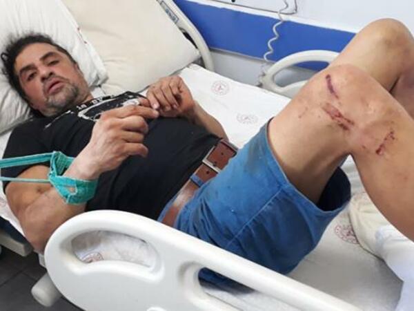 Qəzaya düşən kişinin əl-ayağını bağladılar - FOTO
