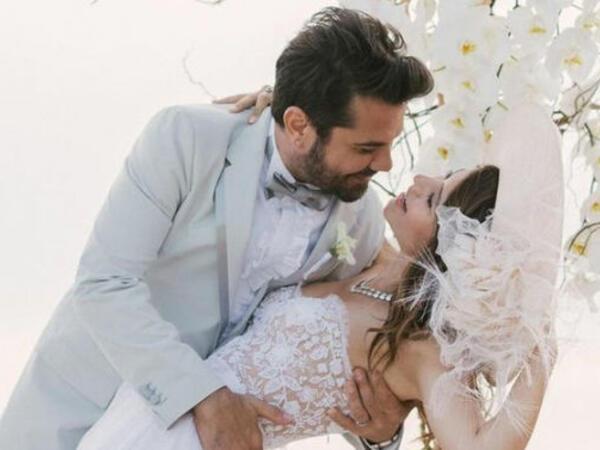 Kənan Doğuludan romantik paylaşım - FOTO