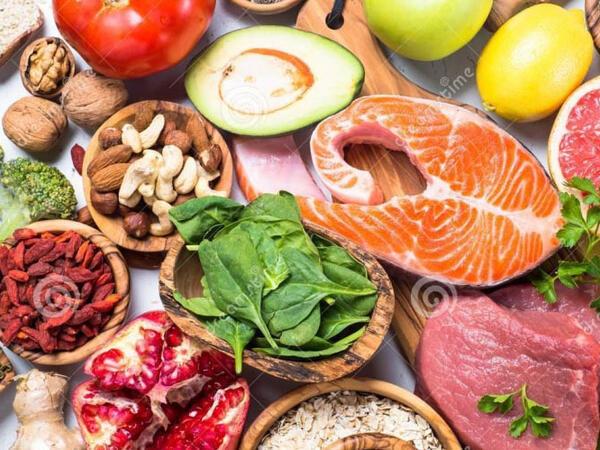 Koronavirusa qalib gələnlərin yüksək kalorili qidalara ehtiyacı var