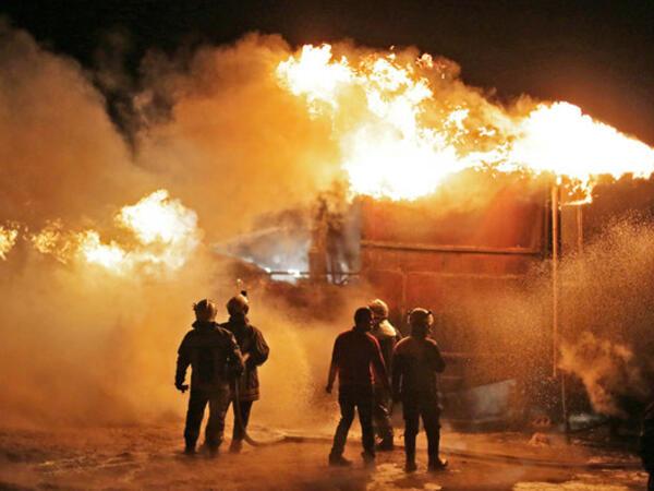 İraqda neft zavodu vuruldu
