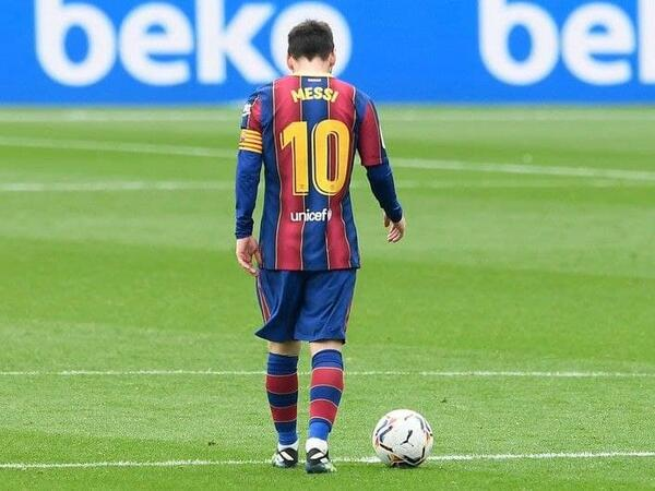 "Lionel Messi &quot;Barselona&quot;dan <span class=""color_red""> ayrıldı</span>"