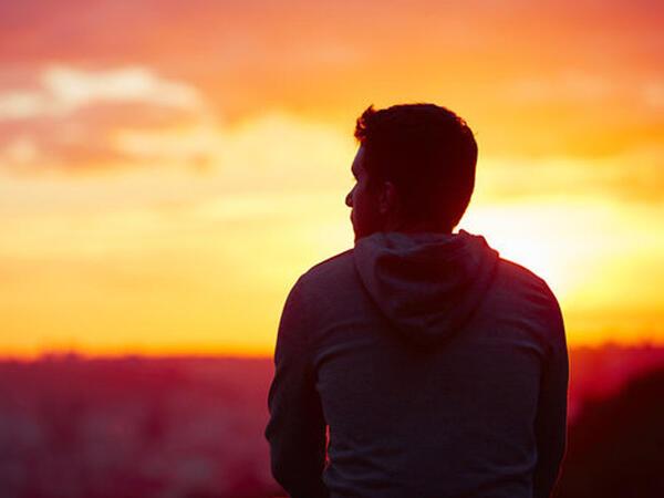 İnsan öz ağlının dəyərini bilməlidir