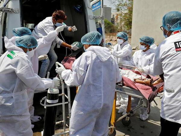 Britaniyada son sutkada koronavirusdan 56 nəfər həyatını itirib