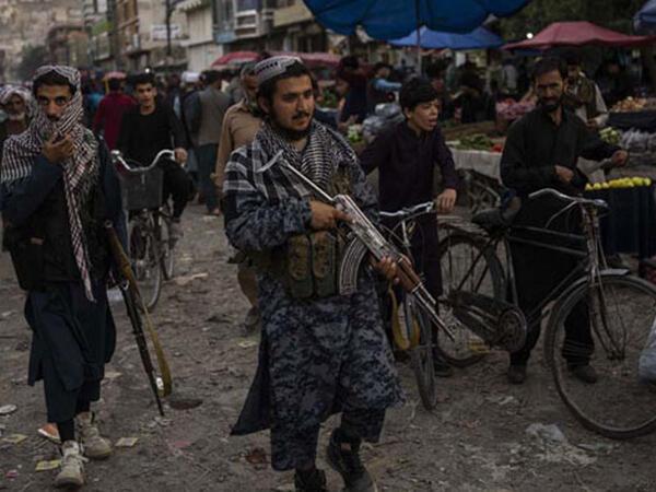 """&quot;Taliban&quot;dan 250 qadın hakimlə bağlı sərt qərar- <span class=""""color_red"""">FOTO</span>"""