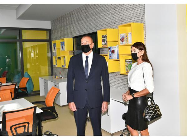 Prezident İlham Əliyev və birinci xanım Mehriban Əliyeva Bakı Avropa Liseyinin yeni binasının açılışında iştirak ediblər - VİDEO - FOTO