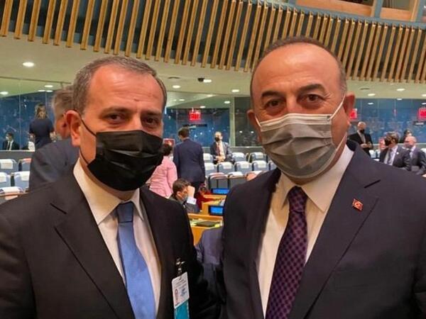 Ceyhun Bayramov Nyu-Yorkda Çavuşoğlu ilə görüşdü
