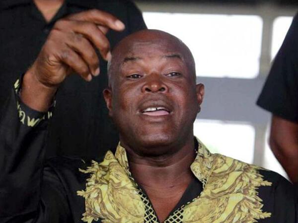 Surinamın vitse-prezidenti 60 yaşında meydana çıxdı