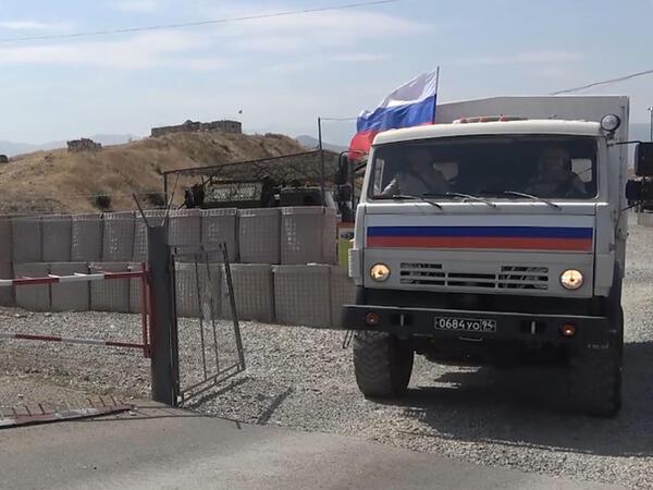 Rusiya sülhməramlıları Qarabağda patrul xidməti keçirir - VİDEO