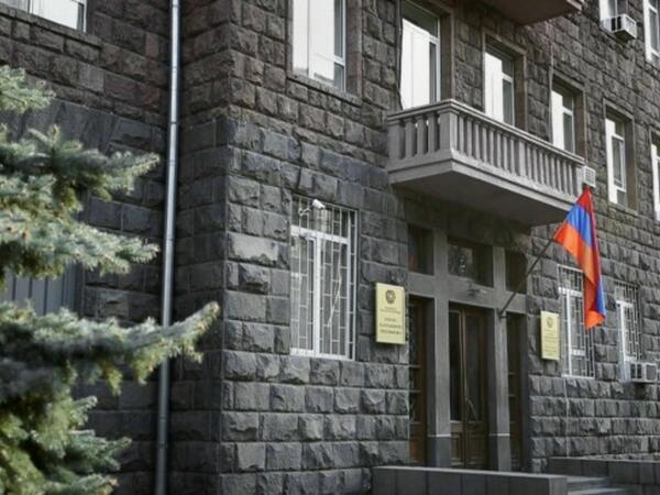 Ermənistanda Silahlı Qüvvələrin Aviasiya İdarəsinin keçmiş rəisi saxlanılıb