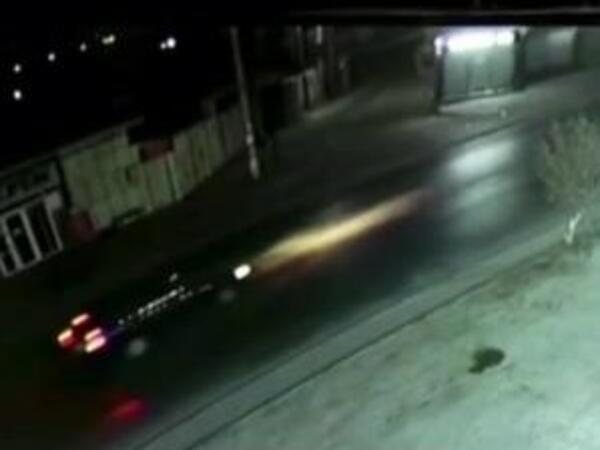 Bakıda motosiklet sürücüsünün öldüyü qəzadan anbaan VİDEO