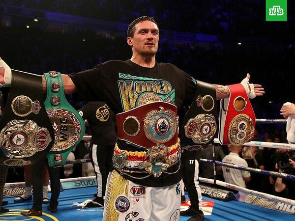 Ukraynalı boksçu IBF, WBA, WBO, IBO versiyaları üzrə dünya çempionu oldu