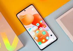 """Yeni Xiaomi Civi smartfonu təqdim olunub - <span class=""""color_red"""">QİYMƏTİ</span>"""