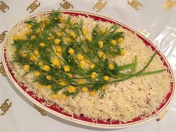 "Mimoza salatının resepti- <span class=""color_red"">VİDEO</span>"