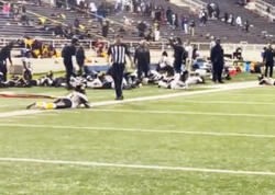 ABŞ-da futbol matçından sonra atışma olub, yaralılar var - VİDEO
