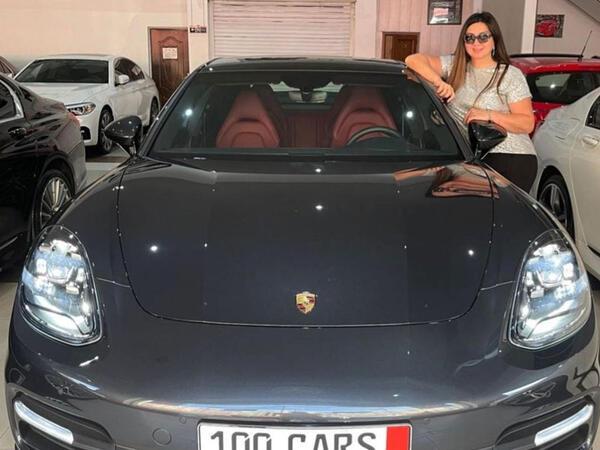 """Nazilə Səfərlinin """"Porsche""""si - FOTO"""