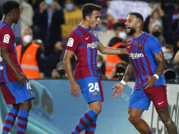 """""""Barselona"""" """"Valensiya"""" oyununda dörd qol vuruldu, """"Yuventus"""" bir qolla üç xal qazandı - <span class=""""color_red"""">VİDEO</span>"""