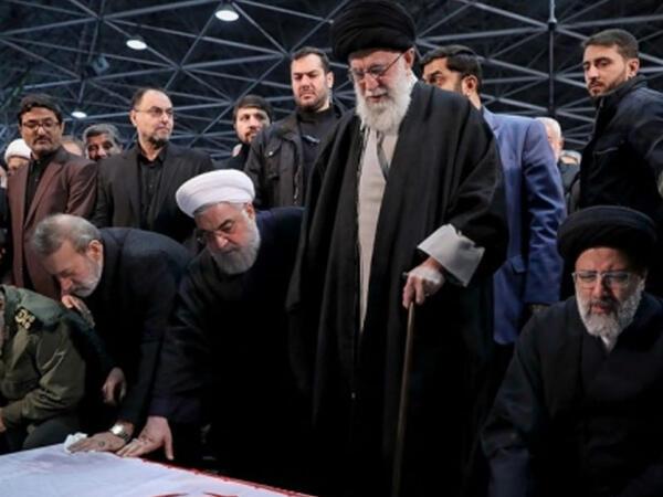 İranda taxt-tac döyüşləri başlayıb
