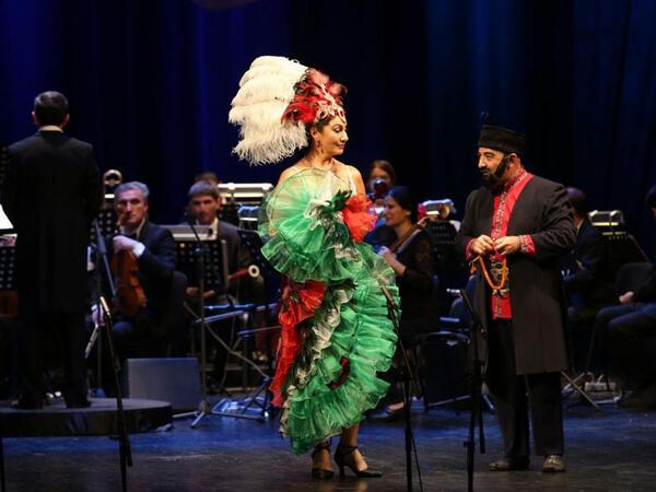 "&quot;Azərbaycan operetta inciləri&quot; konsert proqramı təqdim olundu - <span class=""color_red"">FOTO</span>"