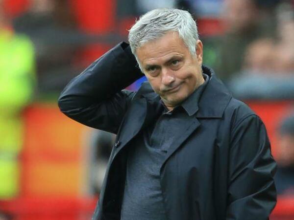 Mourinyonun komandası ilk dəfə 6 qol buraxıb