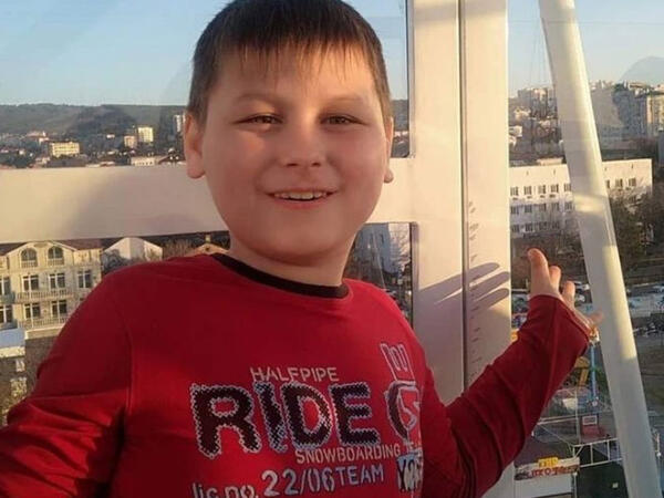 10 yaşlı uşaq koronavirusdan öldü - 2 dəfə yoluxmuşdu
