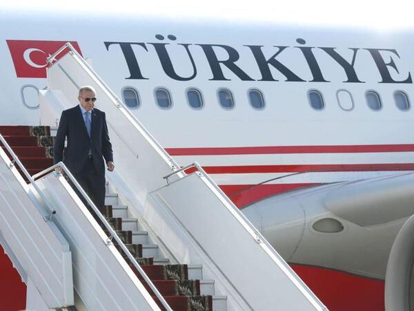 Prezident İlham Əliyev Füzuli Beynəlxalq Hava Limanında Rəcəb Tayyib Ərdoğanı qarşılayıb