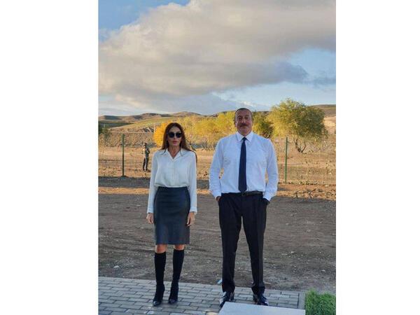 Birinci vitse-prezident Mehriban Əliyeva Prezident İlham Əliyevlə Zəngilandan FOTOlar paylaşıb