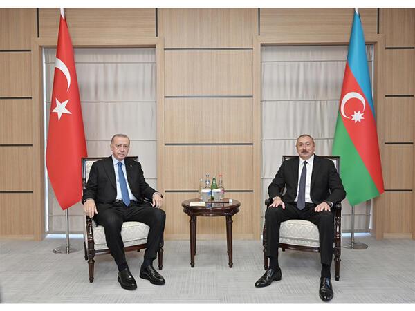 Azərbaycan və Türkiyə prezidentlərinin təkbətək görüşü olub - FOTO