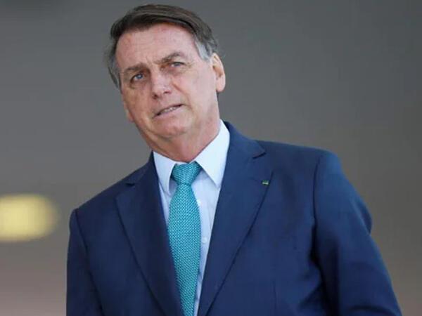 Braziliya prezidentinin peyvəndlərin infeksion xəstəlik yaratdığı iddiasına görə kanalı bağlandı