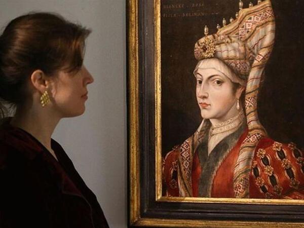 """Hürrəm Sultanın 400 illik portreti İngiltərədə satıldı - <span class=""""color_red"""">FOTO</span>"""